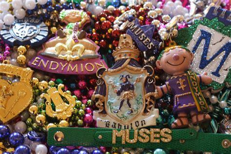 throwing at mardi gras mystery playground mardi gras throw me somethin mister