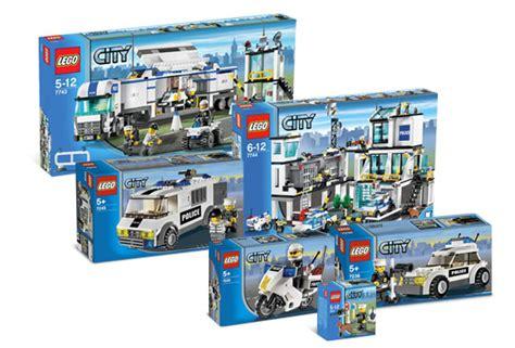 Lego Keychain Light Robber k7744 ultimate city collection wiki lego fandom