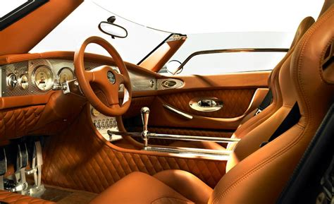 spyker interior car and driver