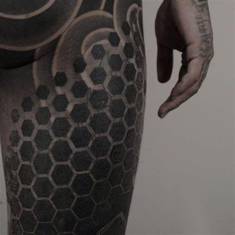 hexagon pattern tattoo hexagons tattoos pinterest tattoo blackout tattoo