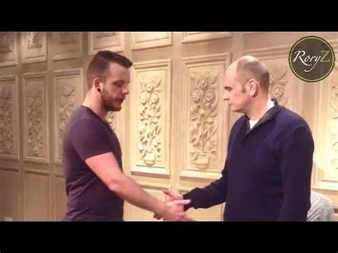 erickson pattern interrupt handshake induction hypnosis induction handshake inductions bandler er