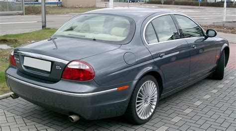 jaguar j type next generation jaguar xe to remain rear wheel drive will