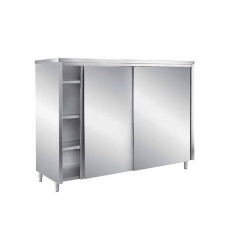 armadi con porte scorrevoli armadio chiuso con porte scorrevoli oi
