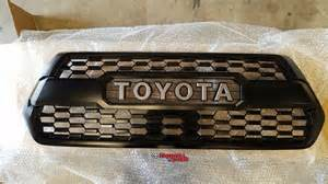 Oem Toyota Oem Toyota 2016 2017 Tacoma Front Trd Grill Pt228 35170