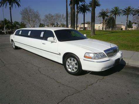 Luxury Limousine by Limousine Luxury Town Car Fleet Luxury Limousine Orlando