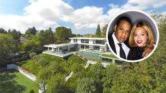 beyonce and jay z house jay z and beyonce lease l a mansion variety