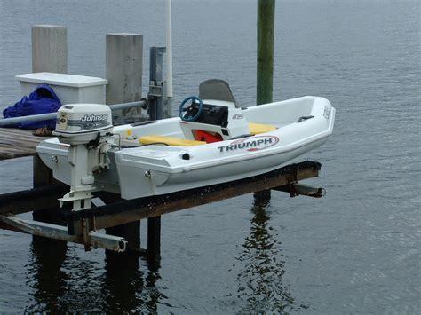 johnsen skiff boat 2004 triumph skiff 12 with johnson 25 hp the hull truth