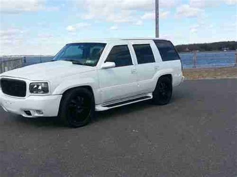 Cadillac Pearl White Paint by Find Used 1999 Cadillac Escalade Custom Show Winner White