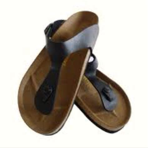 most comfortable slippers in the world 27 best i love comfy shoes images on pinterest comfy