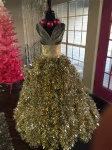 Grand a dress form christmas tree diy tutorial christmas trees