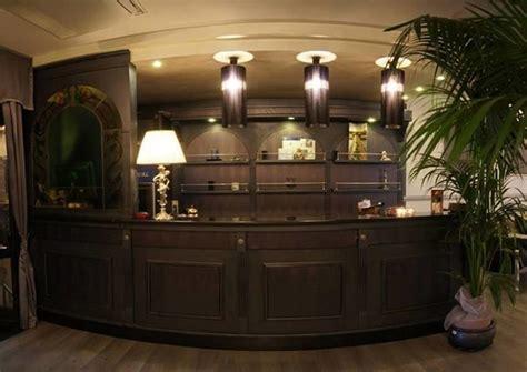 alberghi con vasca idromassaggio in napoli suite con vasca idromassaggio camere a tema con