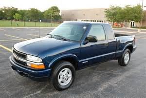 2000 chevy s10 ls extended 3 door 4x4