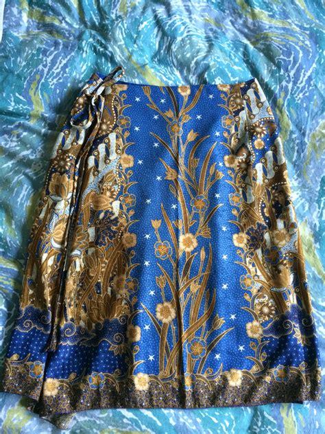 batik shawl pattern blue batik wrap skirt sewing projects burdastyle com