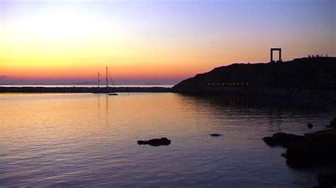 naxos turisti per caso la portara viaggi vacanze e turismo turisti per caso