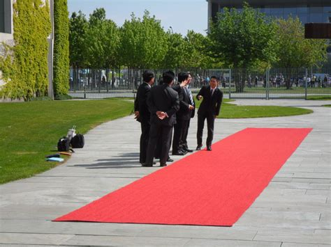 Mit Freundlichen Grüßen Auf Japanisch btb concept presseorgane gmbh japanischer ministerpr 228 sident shinz蜊 abe bei bundeskanzlerin