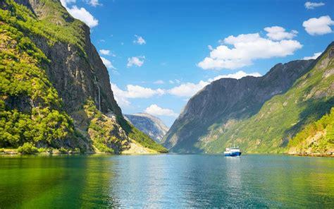 fjord jobs glaciers grieg and wartime nostalgia cruising the