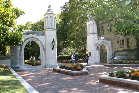 Of Indianapolis Mba Ranking by Indiana Sat Scores Acceptance Rate More
