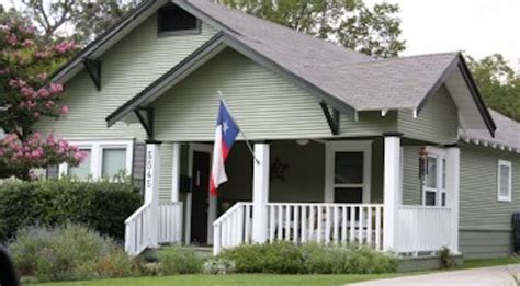 dallas house painters house painters dallas home and commercial painters certapro painters 174 central dallas