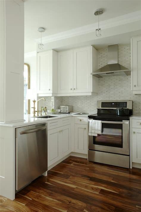 sarah richardson kitchen design kitchen peninsula transitional kitchen para paints