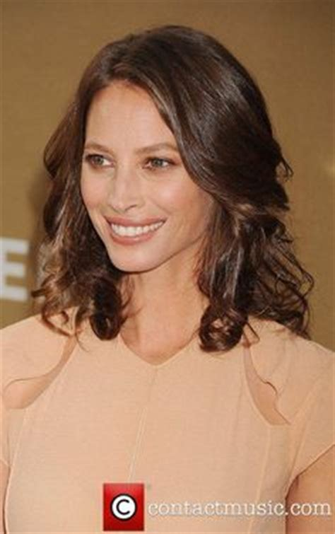 kristy turlington bob hairstyles color on pinterest camilla belle christy