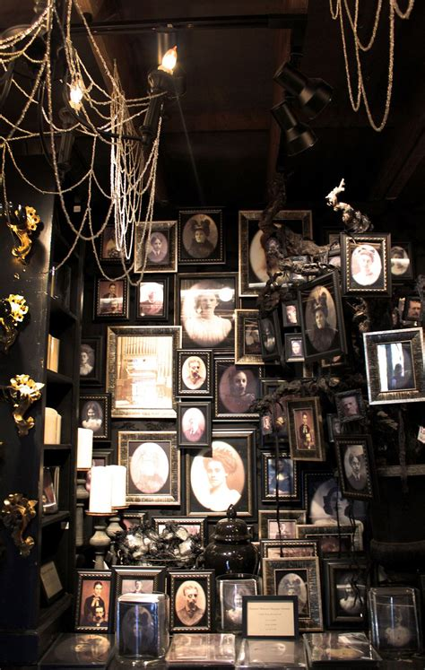 haunted mansion home decor more inspiration from roger s gardens haunted portrait