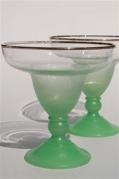 vintage glass ice cream sundae dishes, blendo color fade