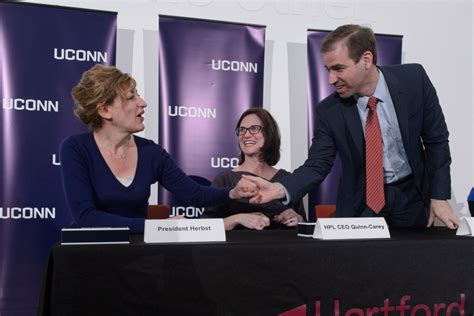 Of Hartford Mba Application Deadline by Uconn Hartford Joins Forces With Hartford Library