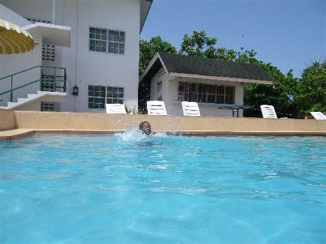 houses in tobago with pool scarborough photos featured images of scarborough