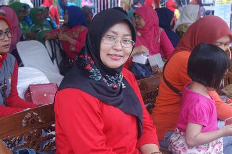 Dokter Kandungan Wanita Di Cimahi Kemeriahan Lomba Senam Gemu Famire Maumere Dwp Unit Dinas