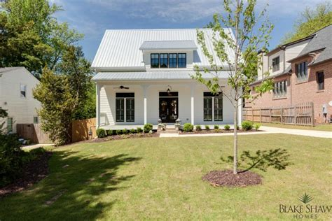 farm style homes farmhouse style in brookhaven blake shaw homes atlanta