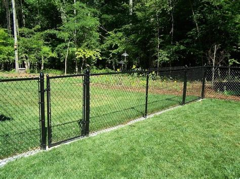Cost Of Backyard Fence by 25 Best Ideas About Chain Link Fence Cost On