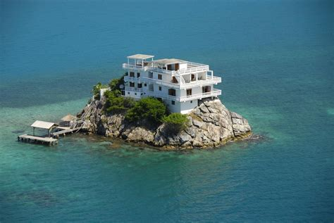 house on island luxury villa hotel at dunbar rock central america
