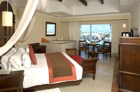 royal playa rooms the royal playa mexico reviews pictures map visual itineraries