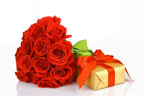 Wallpaper Flower Gift | roses buds flower gift ribbon valentine d wallpaper