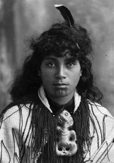 44 captivating native maori portraits from 19th century