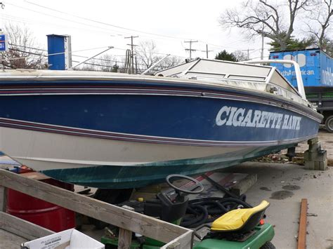 cigarette boat old 28 cigarette ss project boat lucky strike s old 28