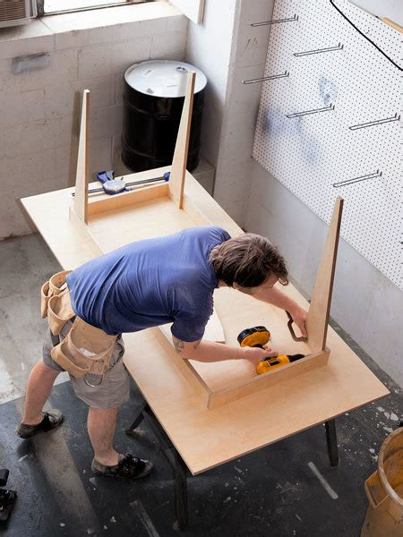 build  table   single sheet  plywood man