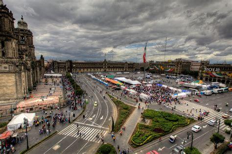 celebrating fiestas patrias in mexico city an