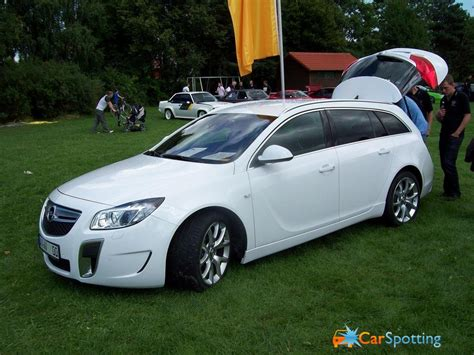 opel insignia sports tourer opel insignia sports tourer pictures