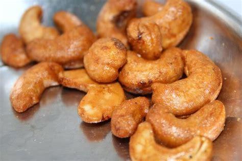 Kacang Mede Mete Mente Goreng Tepung Bumbu Manis Pedas 500gr P resep cara membuat kacang mete madu manis enak renyah resep kue masakan dan minuman cara