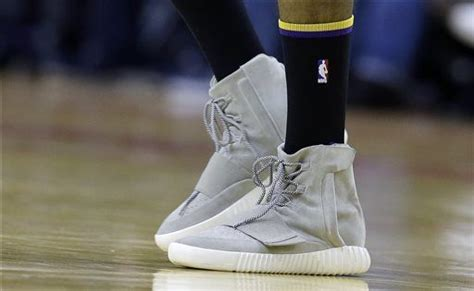 lakers nick young joins adidas wears yeezy  boosts