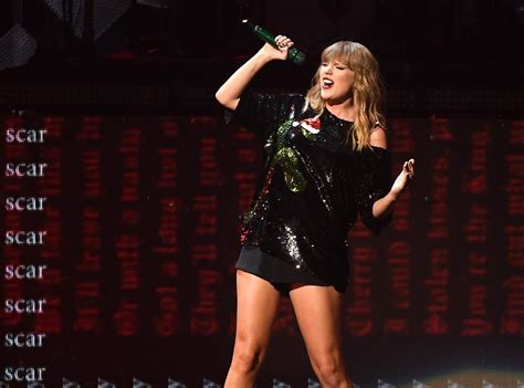 taylor swift concert uk 2017 fearless forecast 2018 big year for taylor swift katy