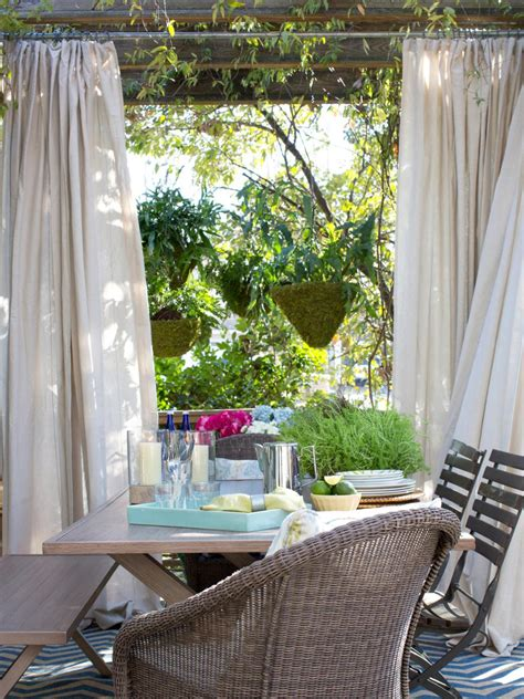 outdoor dining rooms outdoor dining room ideas hgtv
