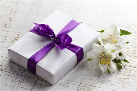 Gift registry wording and wishing well quotes   Articles