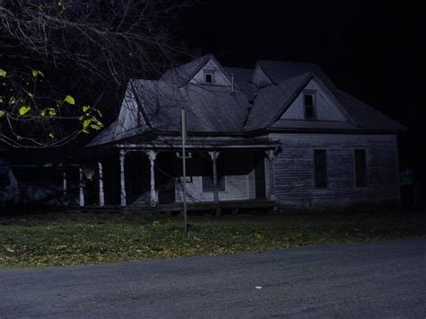 5 american haunted houses their creepy backstories slideshow america s 13 best haunted houses somerset