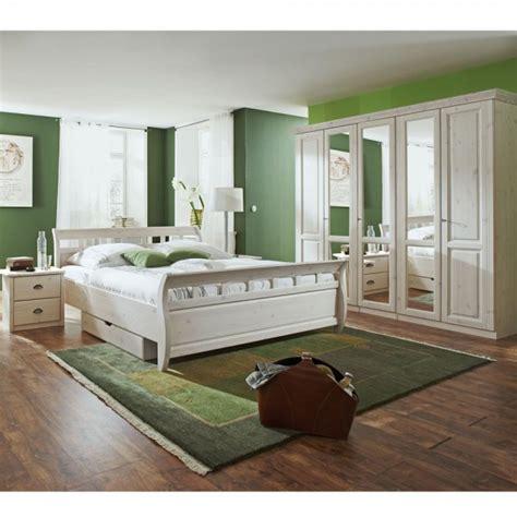 Schöne Betten by Schlafzimmer Harmonisch Gestalten