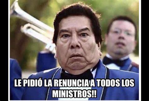 Meme Don Francisco - bachelet pide renuncia a todos sus ministros memes se