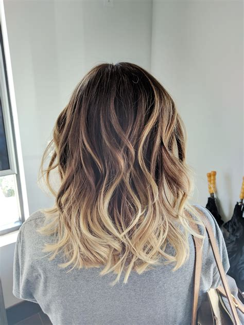 medium balyage hairstyles ombre balayage color melt blonde highlights long bob