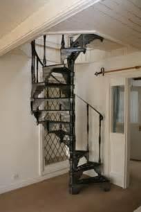 Fer Forge Stairs Design Un Escalier En Colima 231 On Des Id 233 Es Pour Relooker Votre Int 233 Rieur Archzine Fr Staircases