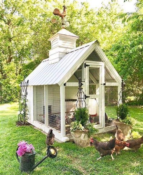 easy diy chicken house   chickens backyard cute